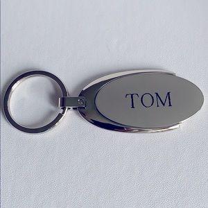 TOM personalized key chain